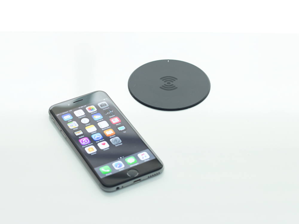 EM Wireless Charging Pad