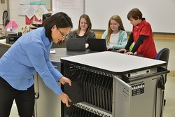 Cloud40 Chromebook Cart